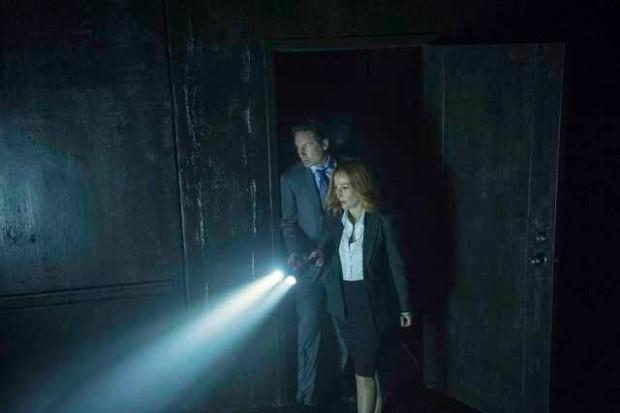 X-Files Home Again (3)