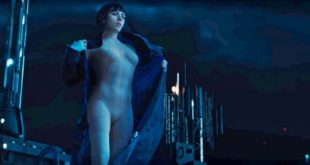 ghost-in-the-shell-trailer-major-undresses